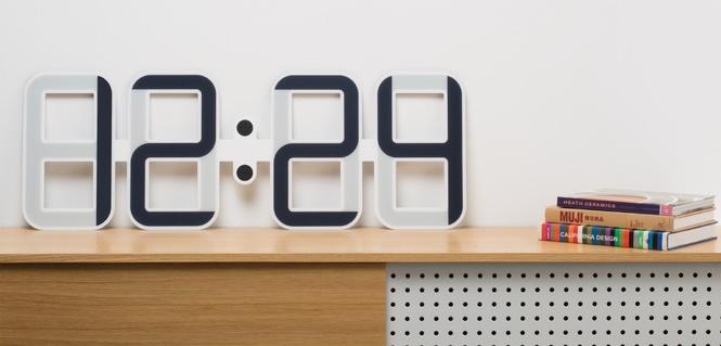 clock one kickstarter fan. Black Bedroom Furniture Sets. Home Design Ideas