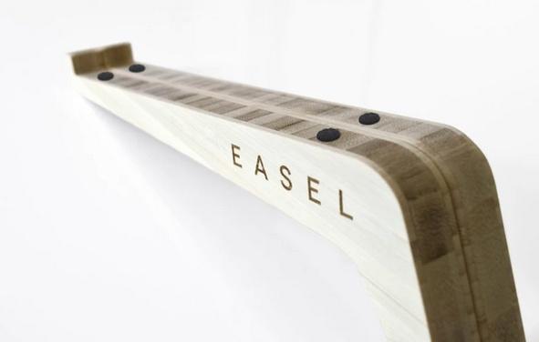 EASEL 9