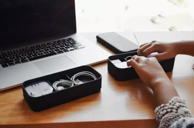 accessories box 1.jpg