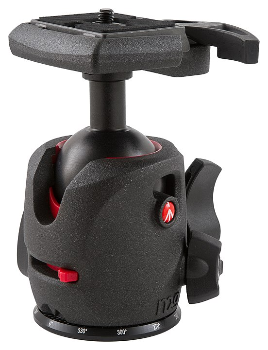 552px-Manfrotto_MH054M0-Q2_magnesium_ball_head_with_200PL_camera_plate.jpg