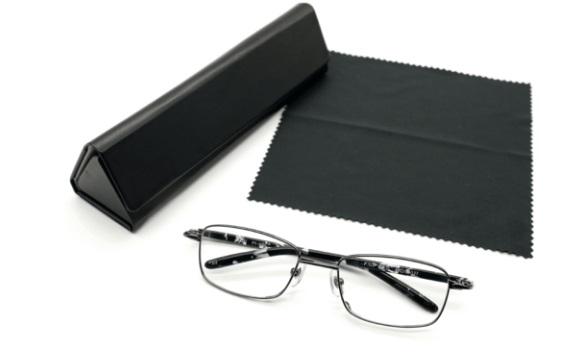 reading glasses 2.jpg