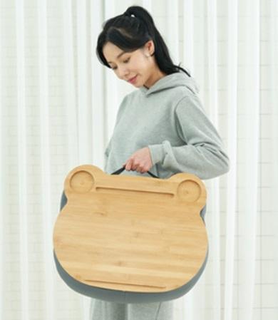 cushion 15.jpg